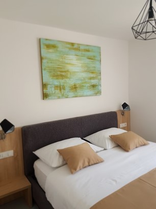 Accommodation in apartments and rooms